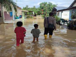 Luapan Sungai di Hulu Kecamatan Sipispis Rendam 40 Rumah Warga