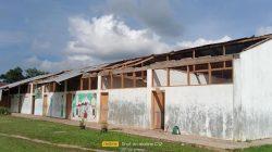 Angin Puting Beliung Terjang Gedung Sekolah MDTA TPI/ TK RA AN NUR Kebun Sinah Kasih, Dua SiswaLuka Tertimpa Asbes dan Batu
