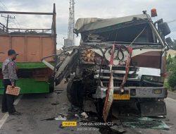 BREAKING NEWS: Laka Lantas di Jalinsum Medan Tebing-tinggi Tronton Vs Col Diesel, Sopir Mobil Fuso Kaget