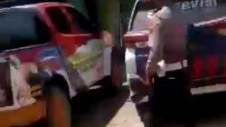 Polisi Patroli Keamanan Di Dusun Bukit Dinding, Rumah Terlapor Keterangan Palsu Di PN Langkat Dijaga Personil Berseragam Lengkap